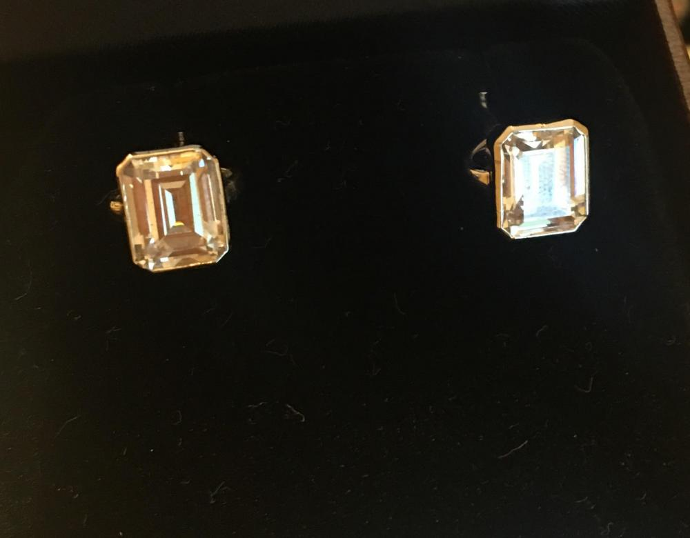 Diamond Cufflings
